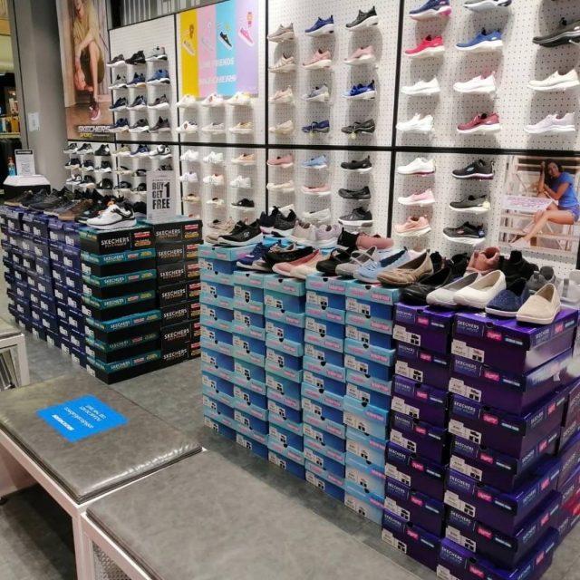 Skechers SALE รองเท้าสเก็ตเชอร์ ซื้อ 1 แถม 1 ฟรี (22 พ.ค. - 21 มิ.ย. 2563)